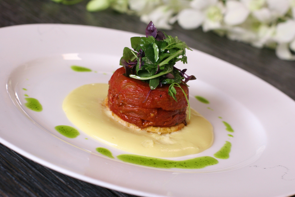 Tomato Tarte Tatin | Daniel et Daniel