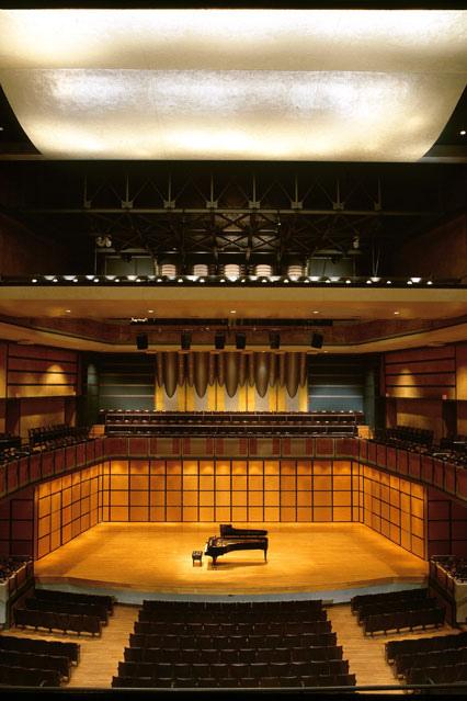 venue-profile-toronto-centre-for-the-arts-01